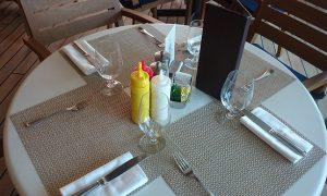 リドカフェ テーブル