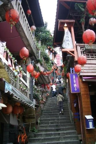 九份 メイン通りの階段