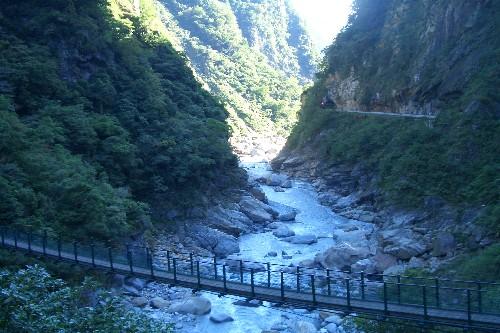 長春祠の滝