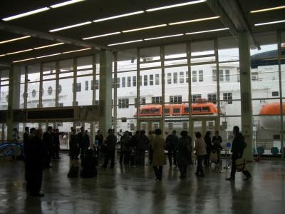 神戸ポートターミナル チェックインの様子