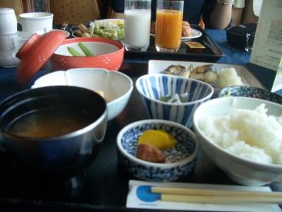 にっぽん丸 朝食イメージ