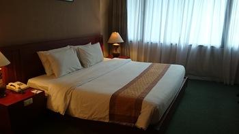 マンハッタンホテル 客室1