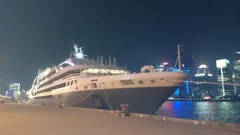上海港でのロストラル