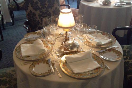 オーシャニア・ノーティカ メインレストラン テーブルコーディネイト