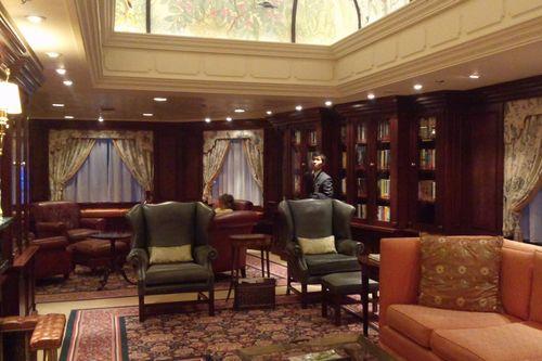 オーシャニア・ノーティカ 図書室